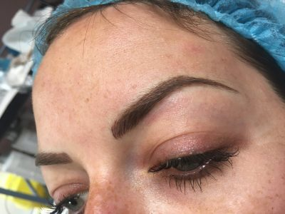 Semi permanent eyebrows 09